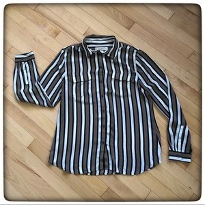🤩LOFT striped Shear Button up Shirt